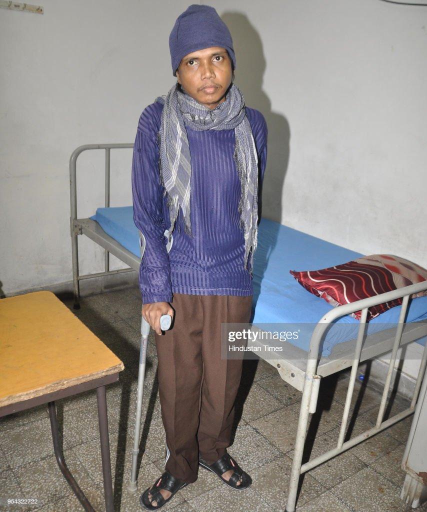Jitendra Arjunwar at Amritsar Civil Hospital after his repatriation from Pakistan on May 3 2018 in Amritsar India Jitendra a resident of Barghat...