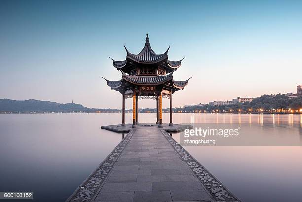 jixian pavilion of hangzhou west lake, china - pavilion stock pictures, royalty-free photos & images