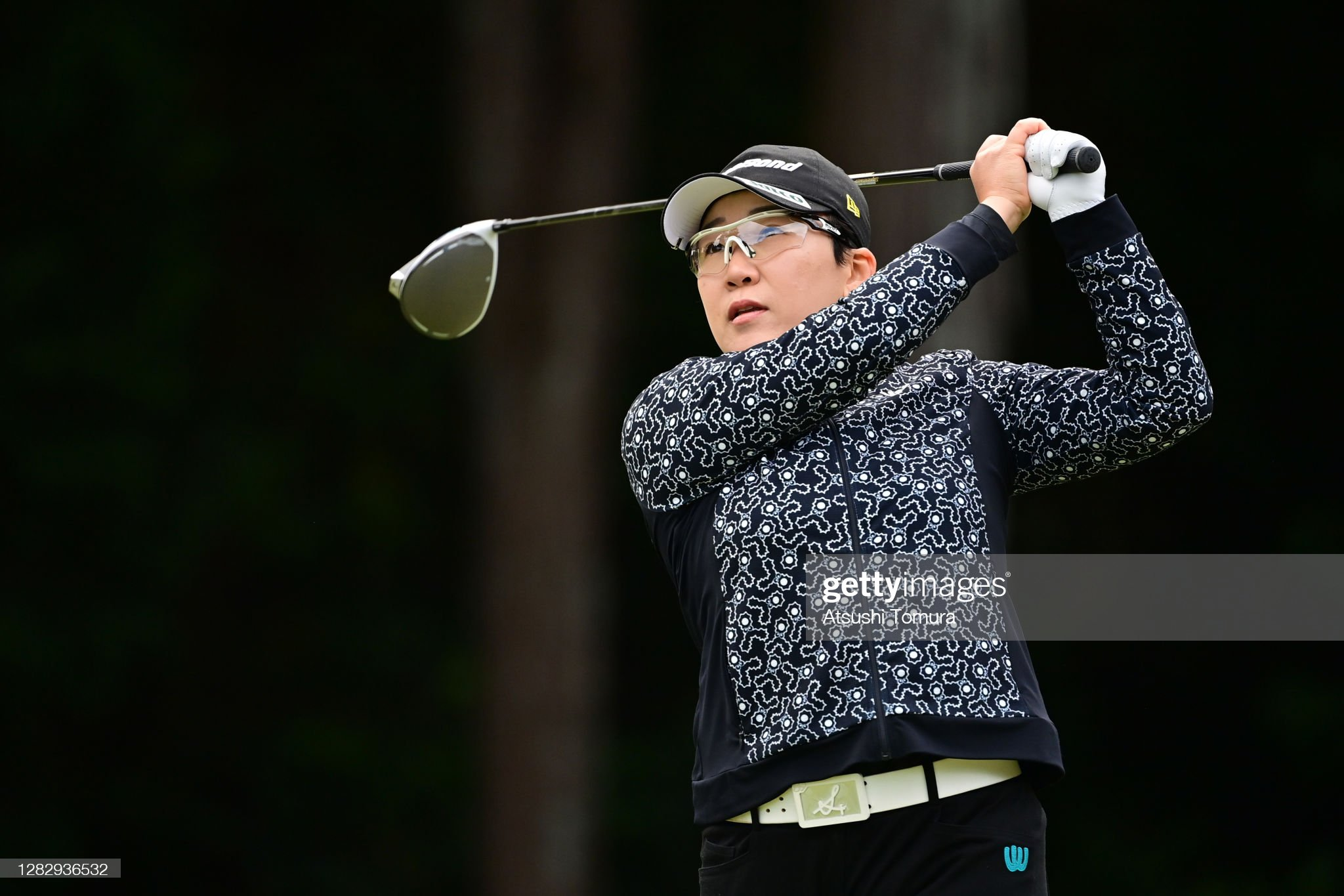 https://media.gettyimages.com/photos/jiyai-shin-of-south-korea-hits-her-tee-shot-on-the-2nd-hole-during-picture-id1282936532?s=2048x2048