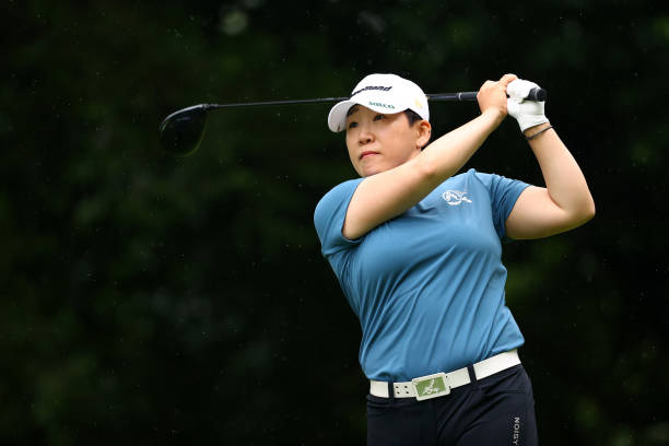 https://media.gettyimages.com/photos/jiyai-shin-of-south-korea-hits-her-tee-shot-on-the-5th-hole-during-picture-id1324304312?k=6&m=1324304312&s=612x612&w=0&h=4SVtmJjTqtt_0yg5-FAmafprW0Ara0Kubajjsz_kCzM=
