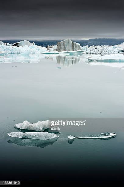 jökulsarlon、アイスランド - 氷河湖 ストックフォトと画像
