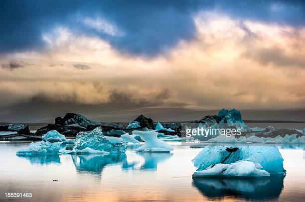 jökulsarlon, iceland - glacier lagoon stock photos and pictures