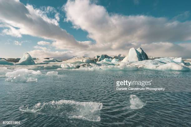 jökulsárlón - daniele carotenuto stock pictures, royalty-free photos & images