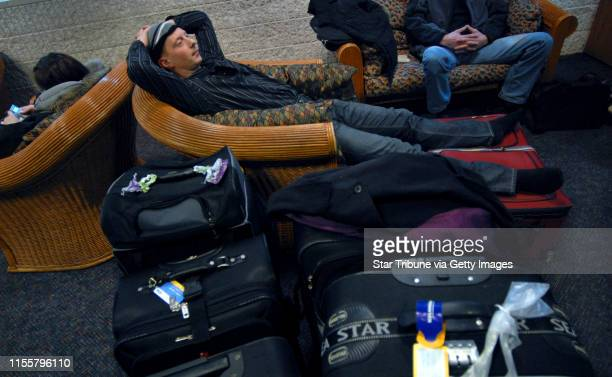 MCLEISTER • jmcleister@startribunecom BloomingtonMnTuesNov 20 2008Bjarki Sigurdsson from Iceland relaxed with fellow shoppers as they awaited their...