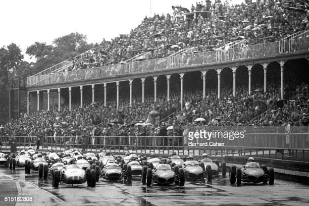 Jo Bonnier Stirling Moss Richie Ginther Phil Hill Porsche 718/2 Ferrari 156 Grand Prix of Great Britain Aintree England July 15 1961