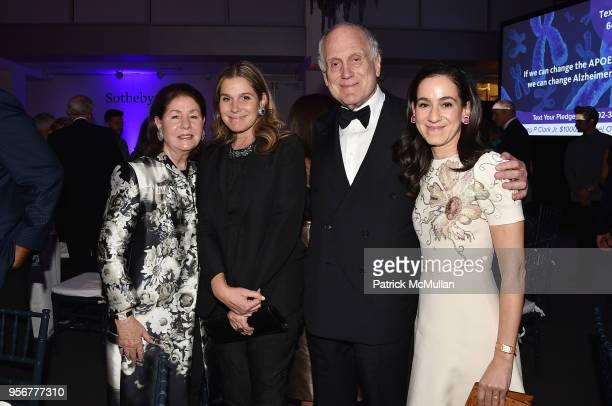 Jo Carole Lauder Aerin Lauder Ronald Lauder and Jane Lauder attend Alzheimer's Drug Discovery Foundation 12th Annual Connoisseur's Dinner at...
