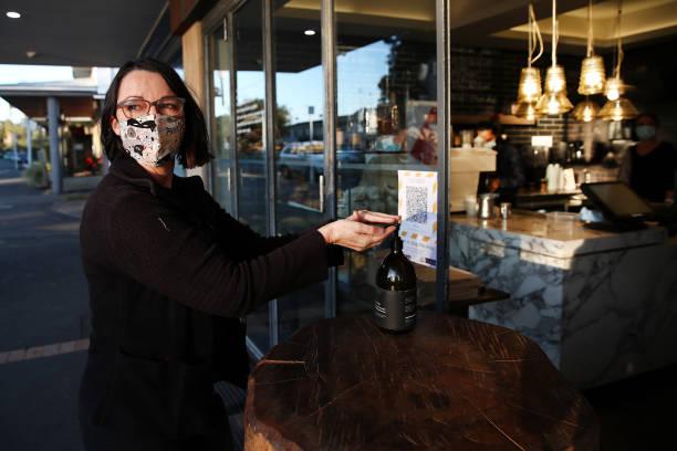 NZL: New Zealanders Adjust As COVID-19 Restrictions Return Following New Coronavirus Cases
