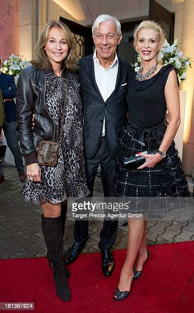 Jo Groebel Caroline Beil and Grit Weiss attend the 'Fest der Eleganz und Intelligenz' at Villa Siemens on September 20 2013 in Berlin Germany