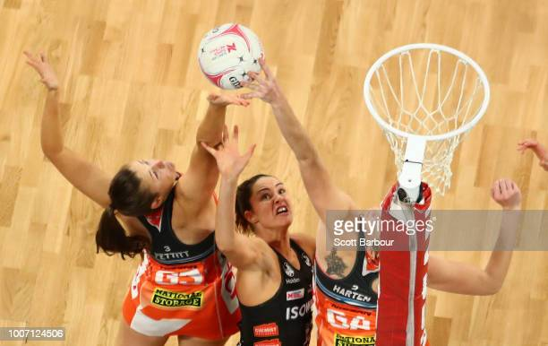 Jo Harten of the Giants and Sharni Layton of the Magpies compete for the ball during the round 13 Super Rugby match between the Magpies and the...
