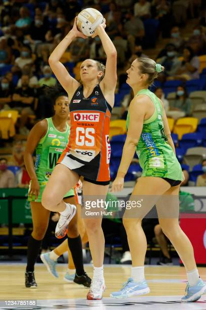 Jo Harten of the Giants controls the ball during the Preliminary Final Super Netball match between the GWS Giants and West Coast Fever at University...