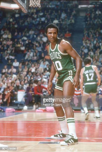 Jo Jo White of the Boston Celtics in action against the Washington Bullets during an NBA basketball game circa 1975 at the Capital Centre in Landover...