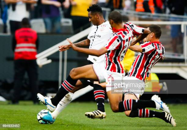 Jo of Corinthians in action during the match between Corinthians and Sao Paulo for the Brasileirao Series A 2017 at Arena Corinthians Stadium on June...