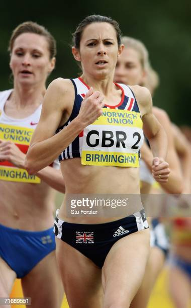 Jo Pavey of Great Britain competes in the Womens 3000 metres during the Norwich Union International at Alexander Stadium on August 20 2006 in...