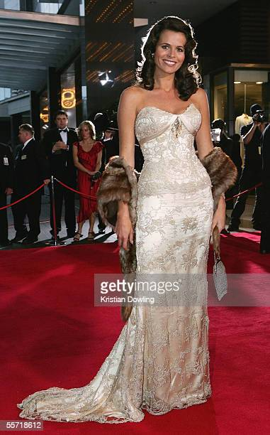 Jo Silvagni wife of Stephen Silvagni arrives for the Brownlow Medal Dinner at the Crown Casino on September 19 2005 in Melbourne Australia