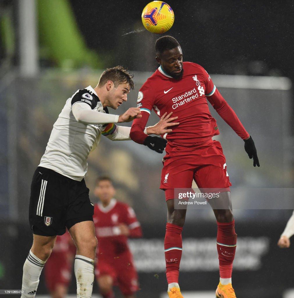 Fulham v Liverpool - Premier League : Nachrichtenfoto