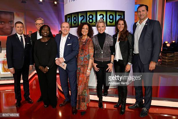 Joachim Llambi, Frank Hoffmann, Auma Obama, Wolfram Kons, Barbara Wussow, Inka Bause, Elena Bruhn and Lars Riedel are seen in the studio of the RTL...