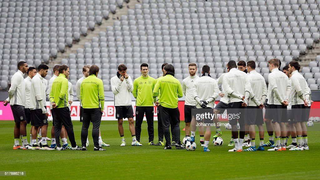 Joachim Loew (C), head coach of Germany participates in the training session ahead of the international friendly match between Germany and Italy at Allianz Arena on March 28, 2016 in Munich, Germany.