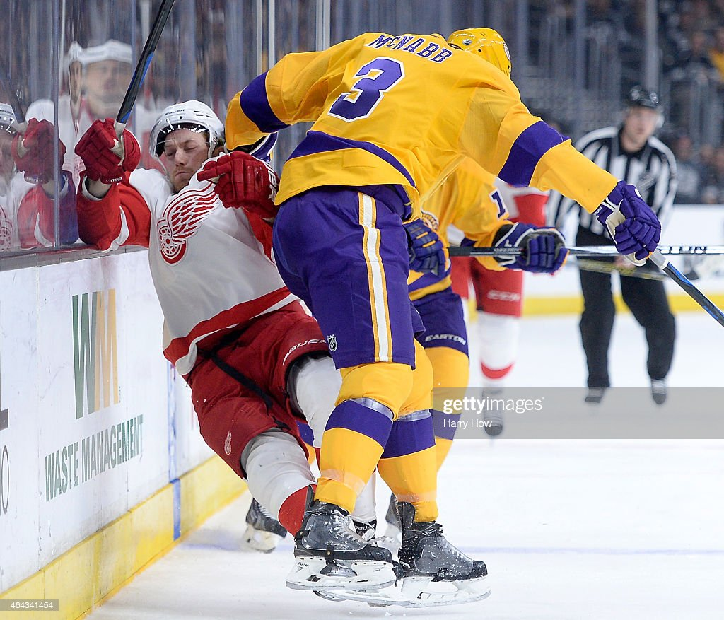 Detroit Red Wings v Los Angeles Kings : News Photo
