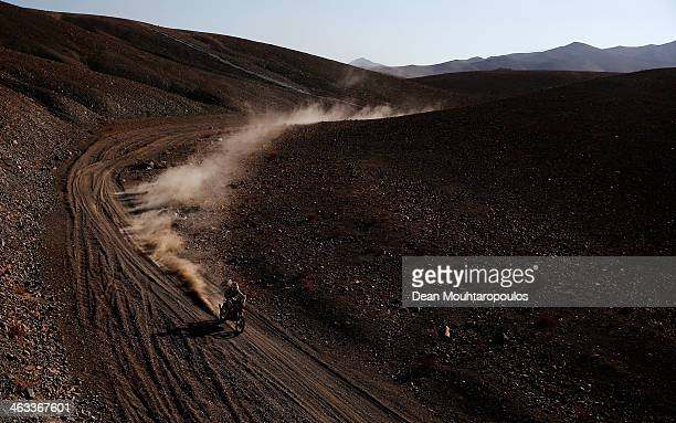 Joan Barreda Bort of Spain Honda HRC Rally competes in stage 12 on the way to La Serena during Day 13 of the 2014 Dakar Rally on January 17 2014 in...