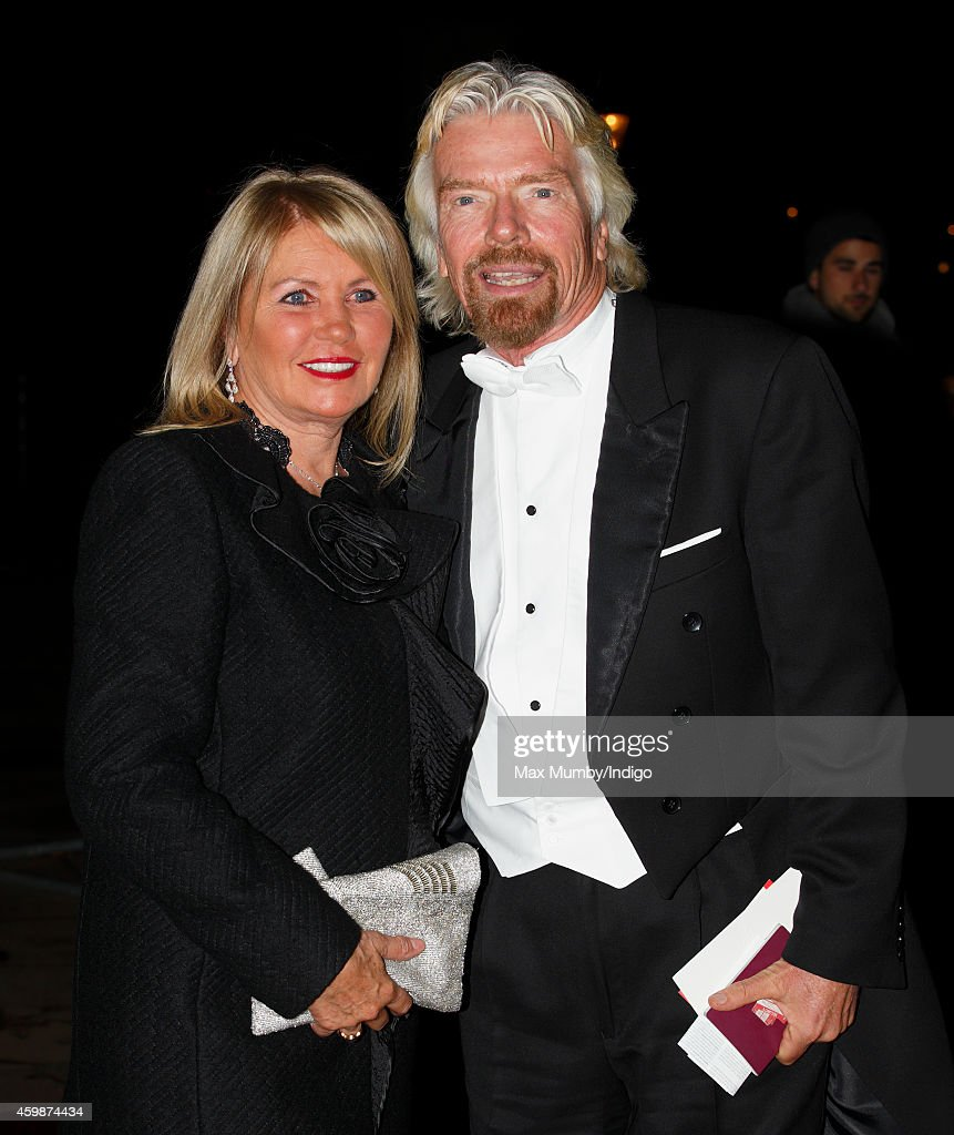 Buckingham Palace Reception For Diplomatic Corps : News Photo