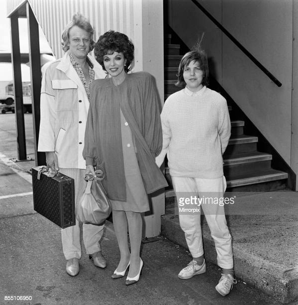 Joan Collins arrives at LAP from Los Angeles with her boyfriend Peter Holm and daughter Katyana Kass 12th April 1985