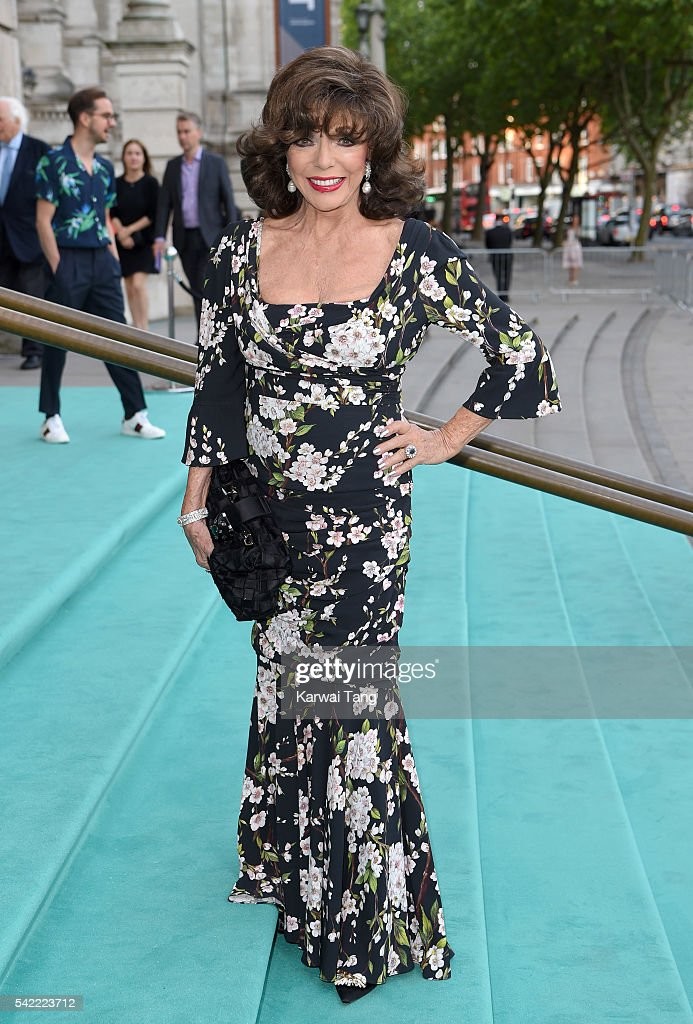 Joan Collins arrives for the V&A Summer Party at Victoria and Albert Museum on June 22, 2016 in London, England.