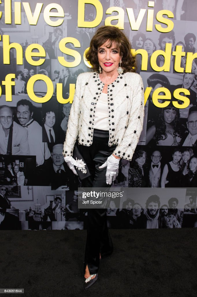 Clive Davis: 'Soundtrack Of Our Lives' Special Screening - Red Carpet Arrivals : News Photo