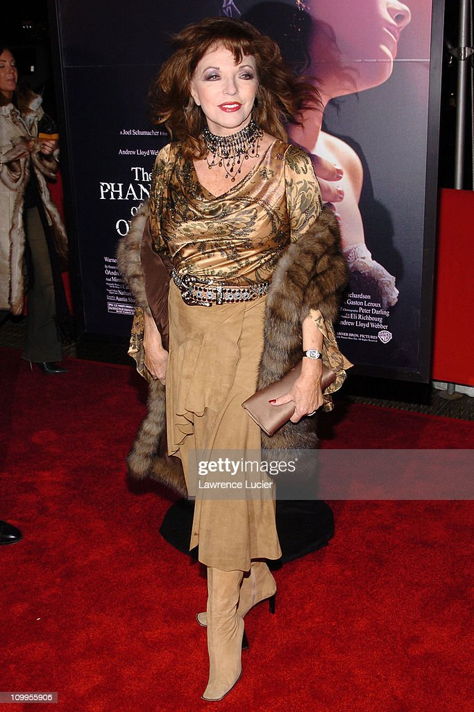joan collins during the phantom of the opera premiere new york at photo d 39 actualit getty. Black Bedroom Furniture Sets. Home Design Ideas