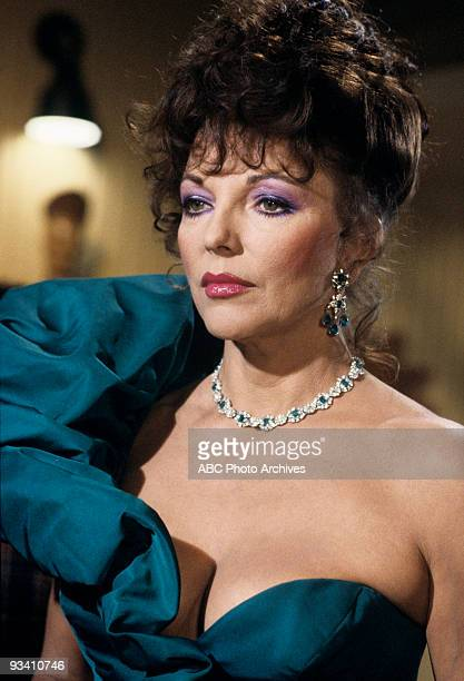 DYNASTY Joan Collins
