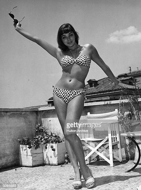 Joan Collins the English starlet at the age of twenty whilst filming in Rome for 'In the Land of the Pharaohs' directed by Howard Hawks