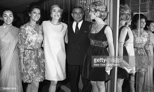 Joan Crawford at El Morocco Night Club Donofrio Carmine/NY Daily News via Getty Images