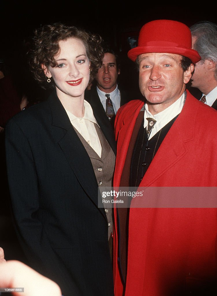 Joan Cusack And Robin Williams During Toys New York City Premiere