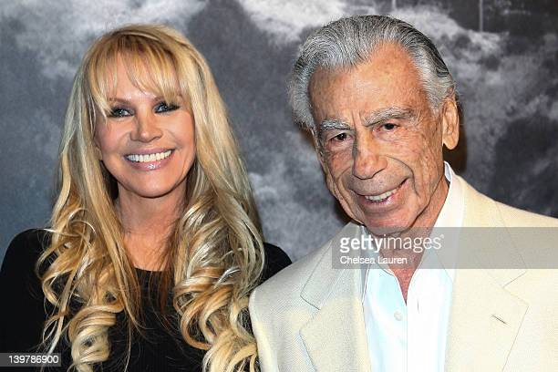 Joan Dangerfield and Kirk Kerkorian attend a dinner reception for the Chinese delegation's official US visit hosted by Joan Dangerfield at her...