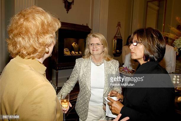 Joan Gerberding Geraldine Laybourne and Terri Santisi attend Museum of Television and Radio Dinner at Harry Winsto Grand Salon on September 15 2005...