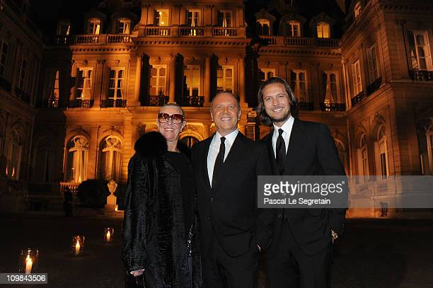 Joan Kors Michael Kors and Lance LePere attend a cocktail and dinner hosted in honor of designer Michael Kors during Paris Fashion Week Fall/Winter...