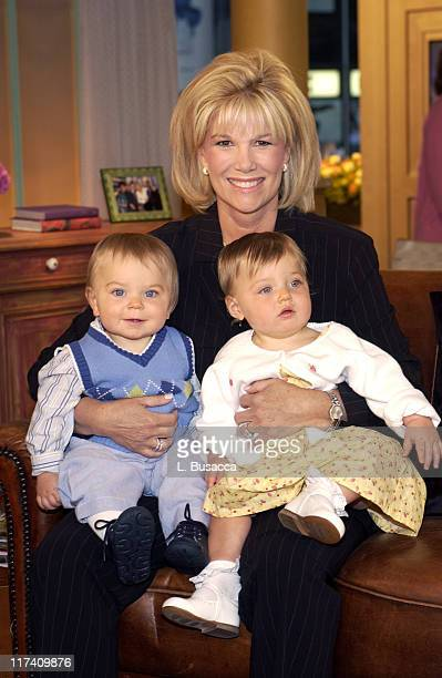 Joan Lunden with her children Max and Kate Konigsberg