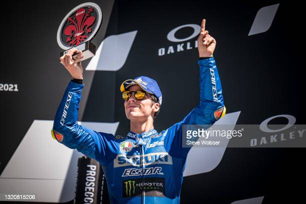 Joan Mir of Spain and Team SUZUKI ECSTAR with a gestures to the sky in memory to Moto3 rider Jason Dupasquier of Switzerland and CarXpert PruestelGP,...