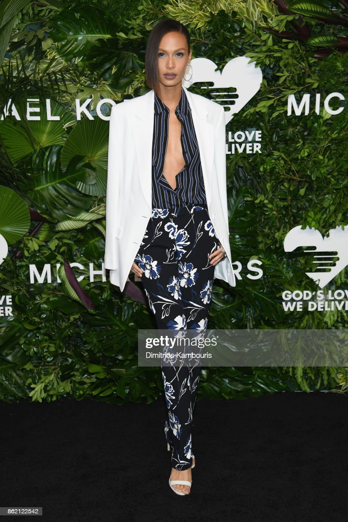 Joan Smalls attends the 11th Annual Golden Heart Awards benefiting God's Love We Deliver on October 16, 2017 in New York City.