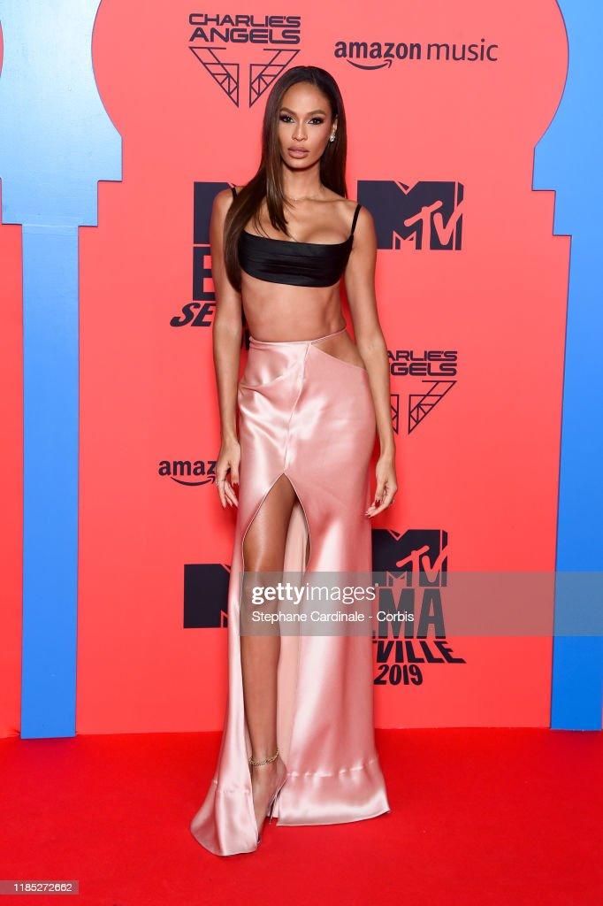 MTV EMAs 2019 - Red Carpet Arrivals : Nieuwsfoto's