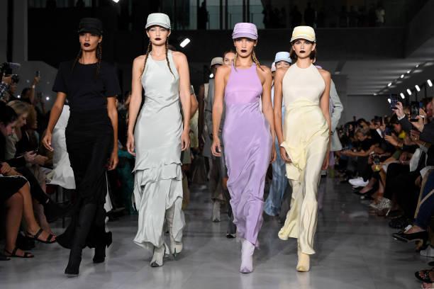 ITA: Max Mara - Runway - Milan Fashion Week Spring/Summer 2020