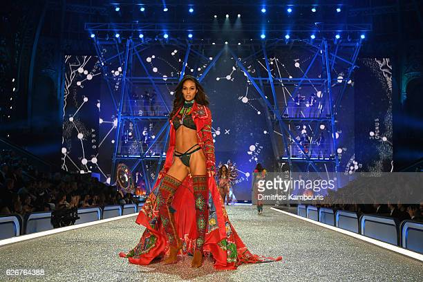 Joan Smalls walks the runway during the 2016 Victoria's Secret Fashion Show on November 30 2016 in Paris France