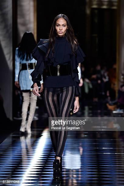 Joan Smalls walks the runway during the Balmain show as part of the Paris Fashion Week Womenswear Fall/Winter 2016/2017 on March 3 2016 in Paris...