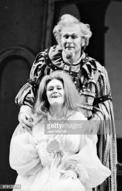 Joan Sutherland and Sherrill Milnes in 'Rigoletto' at the Metropolitan Opera in June 1972