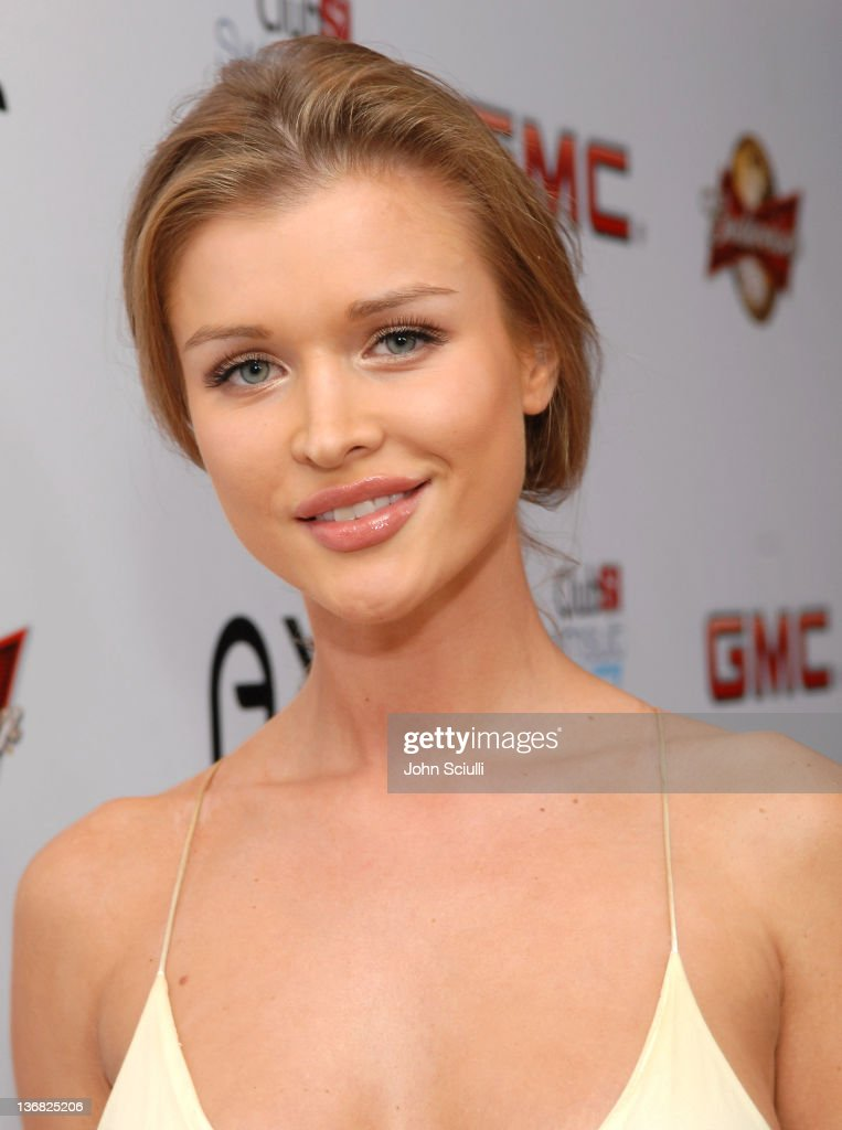 2007 Sports Illustrated Swimsuit Issue - Red Carpet : News Photo