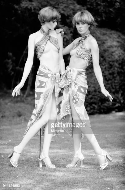 Joanna Lumley actress who stars as Purdey in The New Avengers TV Series poses with a likeness of herself designed by Adele Rootstein which will be...