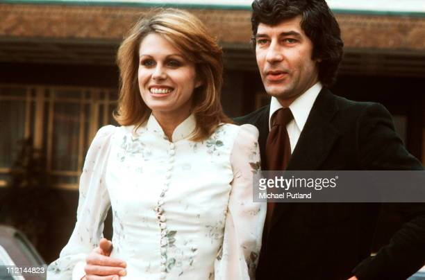 Joanna Lumley and Gareth Hunt portrait photocall for the New Avengers London 1976
