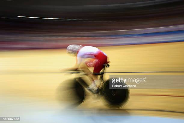 Joanna Rowsell of England competes in the Women's 3000 metres Individual Pursuit final at Sir Chris Hoy Velodrome during day two of the Glasgow 2014...