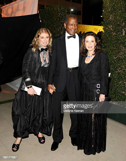 Joanna Shimkus actor Sidney Poitier and Wendy Goldman attend the Wallis Annenberg Center for the Performing Arts Inaugural Gala presented by...