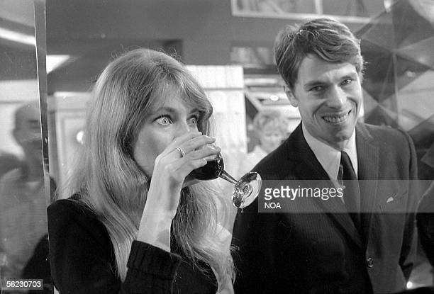 Joanna Shimkus and Laurent Terzieff French actor at the time of the filming of the movie La Prisonniere of HenriGeorges Clouzot France 1968 HA10517