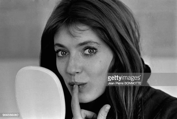 Joanna Shimkus sur le tournage du film L'invitée de Vittorio de Seta en février 1969 à Besançon France
